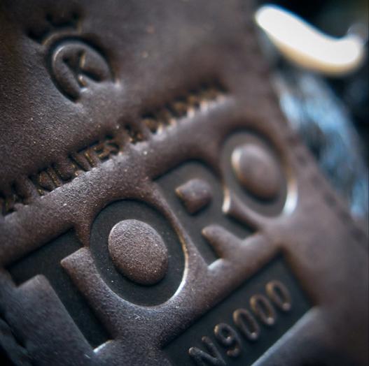 24 kilates diadora n9000 toro