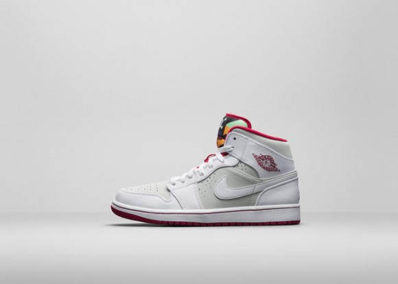 Air Jordan 1 Retro 'Hare' & 'Lola' - Official Look 1