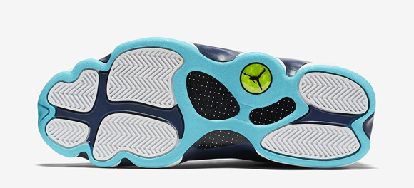 Air Jordan 13 Retro Low 'Hornets' - Official Look + Release Info  6