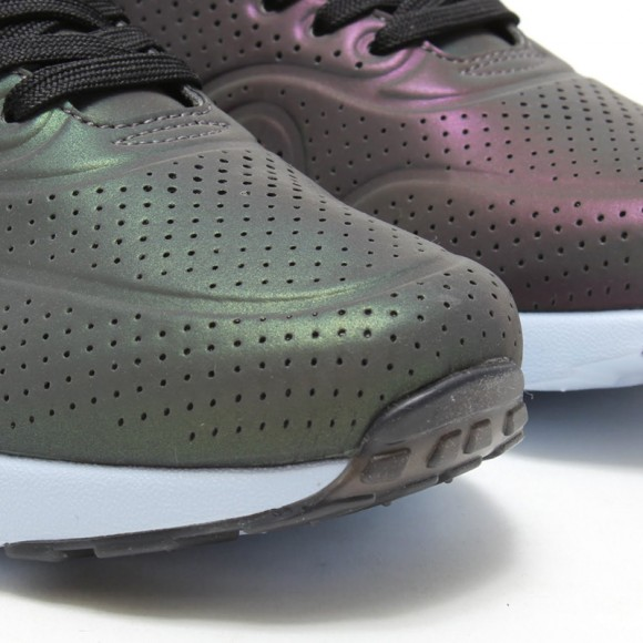 Nike Air Max Ultra Moire 'Iridescent Pack'-11