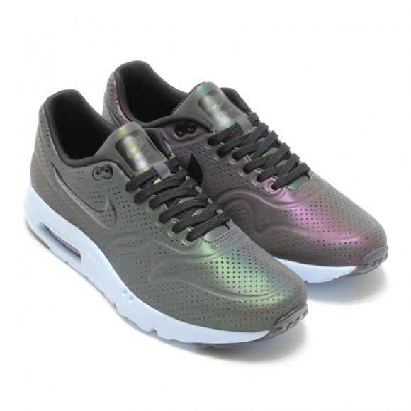 Nike Air Max Ultra Moire 'Iridescent Pack'-6