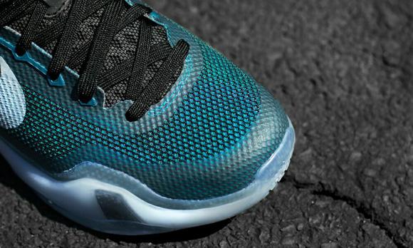 Nike Kobe X 'Flight' On-Foot Look 5