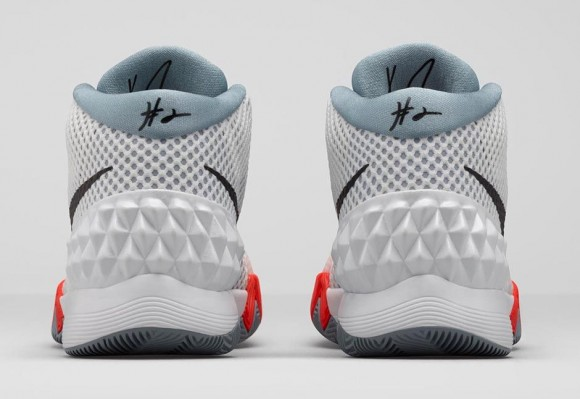 Nike Kyrie 1 'Home: Infrared' heel