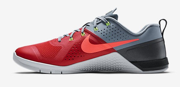 Nike Metcon 1 Trainer 'Daring Red' medial