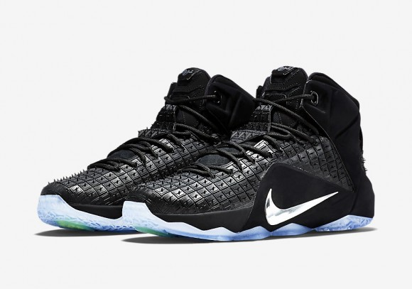 purchase cheap c24c3 44790 Nike LeBron Twelve Archives - WearTesters