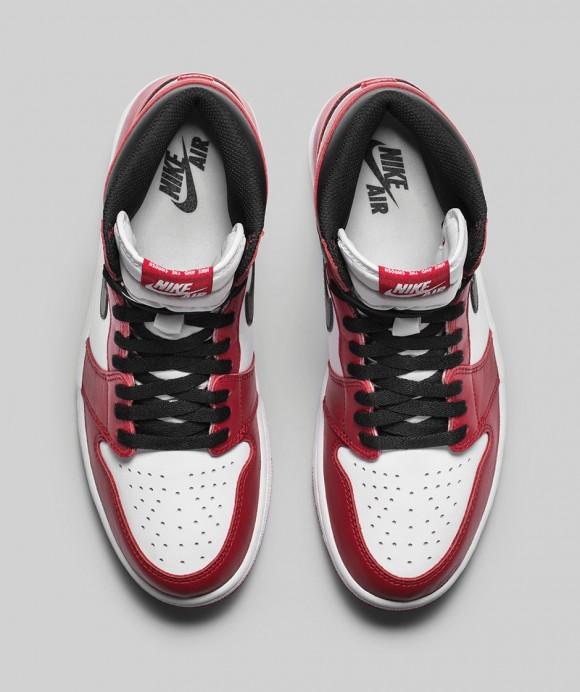 Air Jordan 1 Retro High OG 'Chicago' - Official Look + Release Info 4