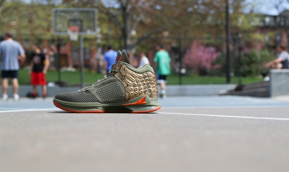 Brandblack J Crossover 2 'St. Patty's Day' lateral