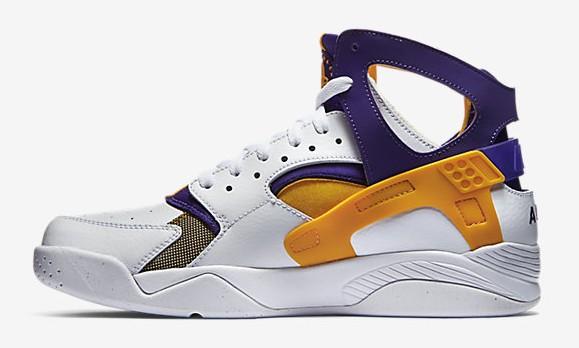 Nike Air Flight Huarache 'Los Angeles Lakers' media