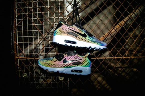 Nike Air Max Ultra Moire 'Iridescent Pack' 1