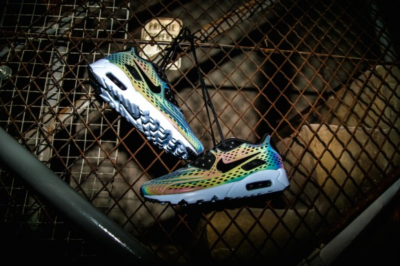 Nike Air Max Ultra Moire 'Iridescent Pack' 2