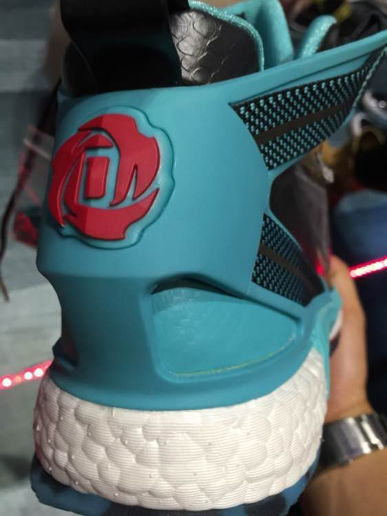 adidas D Rose 6 Boost heel red
