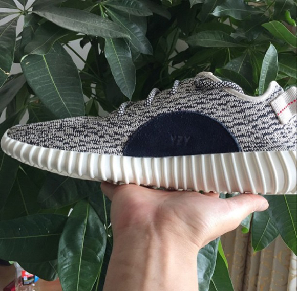 adidas Yeezy 350 Boost Low Gets a Detailed Look 2
