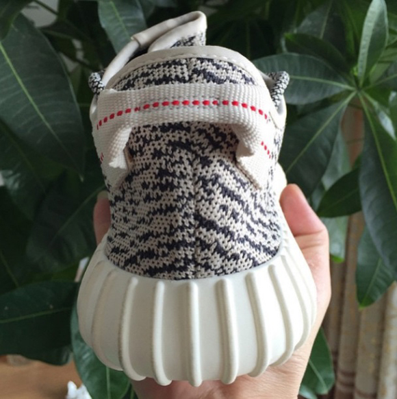 adidas Yeezy 350 Boost Low Gets a Detailed Look 4