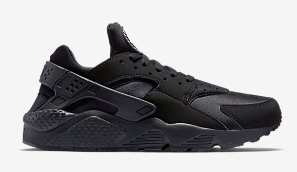 nike air huarache blackout