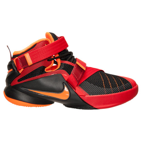 A Detailed Look at The 'Chilling Red' Nike Zoom Soldier IX (9) GS 1