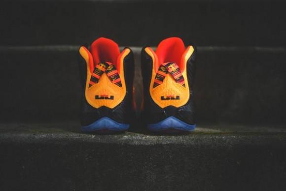 Nike LeBron 12 'Cleveland' heel