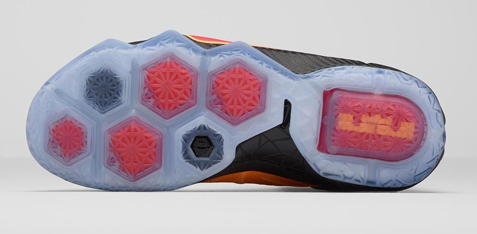 Nike LeBron 12 'Witness' outsole