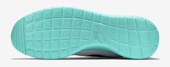 Nike Roshe One 'Calypso' outsole