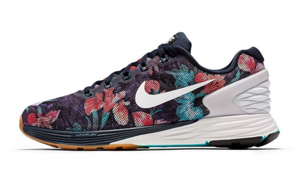 Nike Running Introduces the Photosynthesis Pack-8