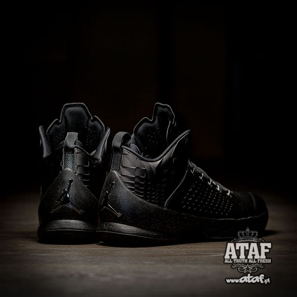 The Jordan Melo M11 Finally Gets Murdered Out 2