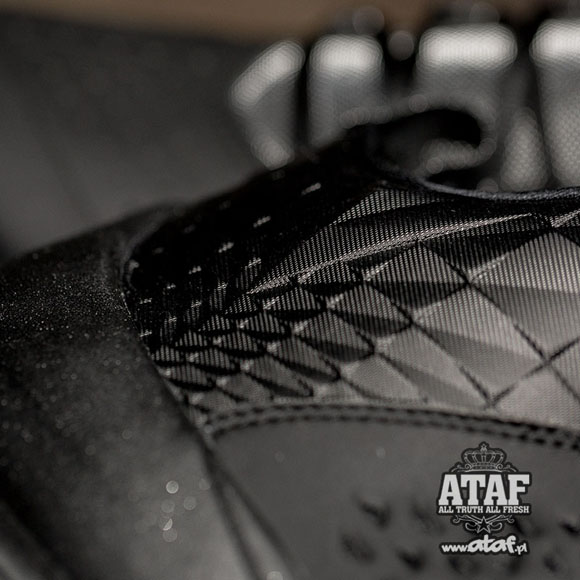 The Jordan Melo M11 Finally Gets Murdered Out 3