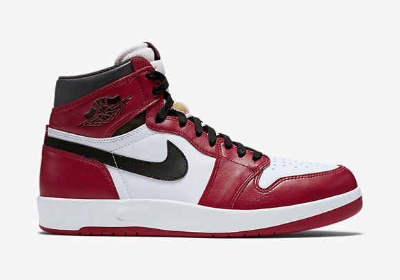 Get An Official Look At The Air Jordan 1.5 'Chicago'  2