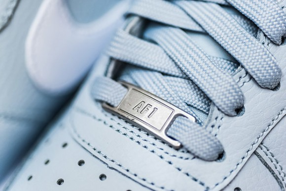 """Nike Air Force 1 Low """"Pure Platinum"""" WearTesters"""