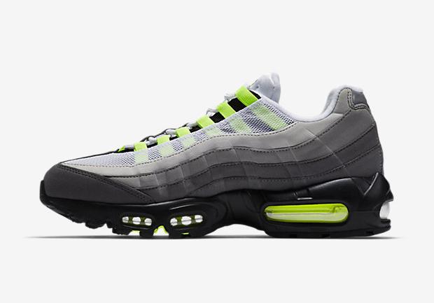 Nike Air Max 95 OG 'Neon' medial side