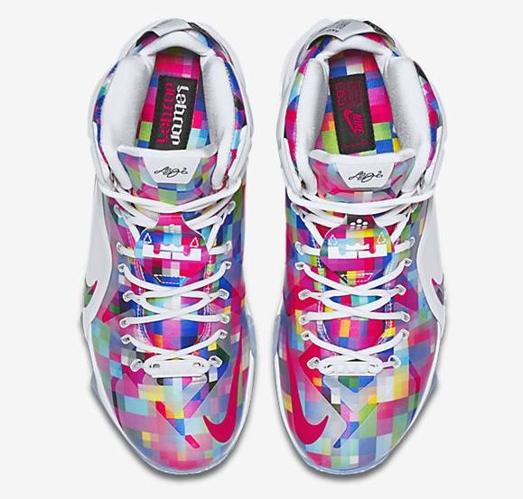 Nike LeBron 12 EXT Finish Your Breakfast Fruity Pebbles top view