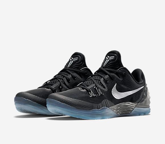 Nike Zoom Venomenon 5 Is Now Available In Black Dark Grey – Metallic Silver 1