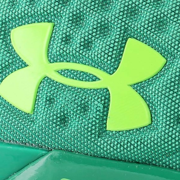 You Can Buy The Under Armour Curry One Low 'Golf' Now 6