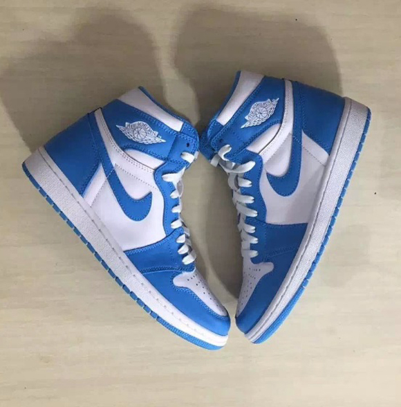 Detailed Look at The Air Jordan 1 Retro High OG 'UNC' for 2015 1