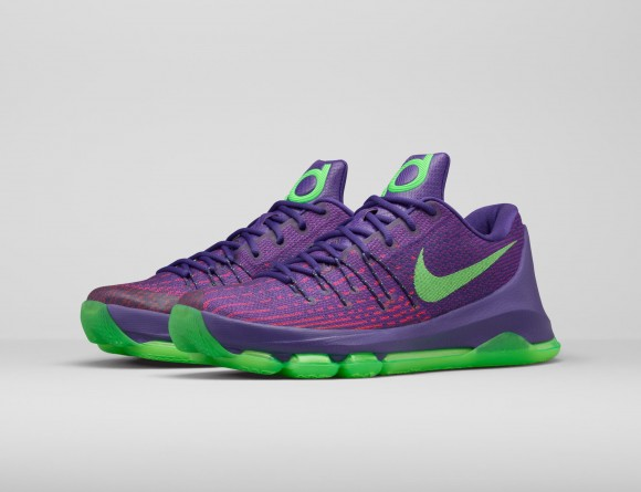 Get An Official Look At The Nike KD 8 'Suit' 6