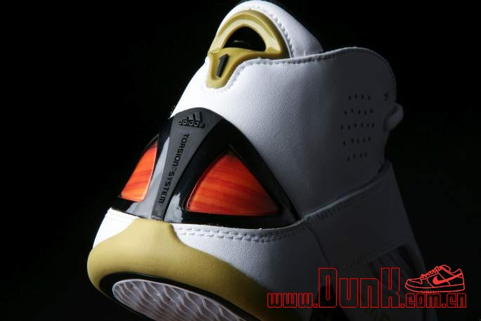 Get Up Close And Personal With The White: Gold adidas T-MAC 5 Retro 10