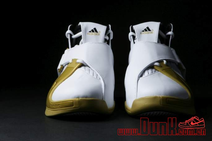 Get Up Close And Personal With The White: Gold adidas T-MAC 5 Retro 4