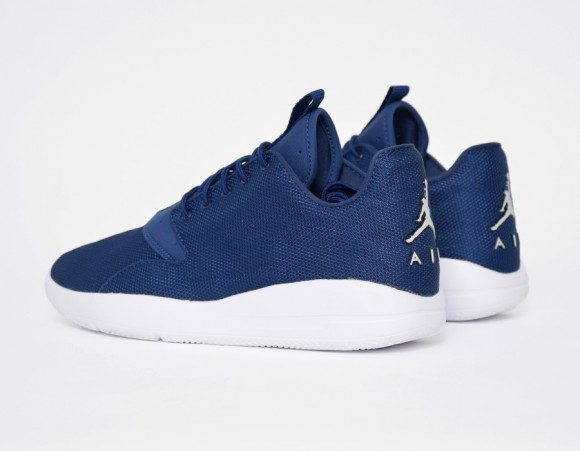 Jordan Eclipse Now Comes In Navy 3