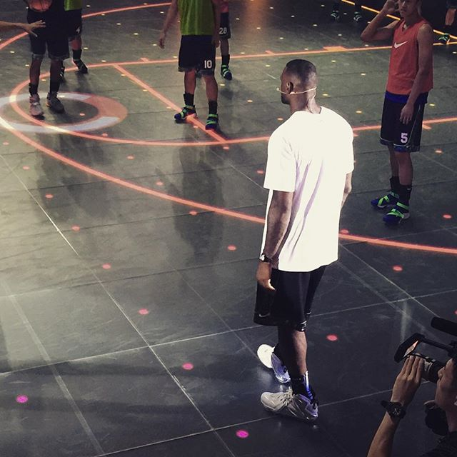 LeBron rocking the Nike LeBron 12 Elite Pigalle