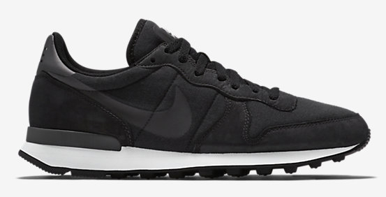 NIKE-INTERNATIONALIST-TP-749655_001_A_PREM