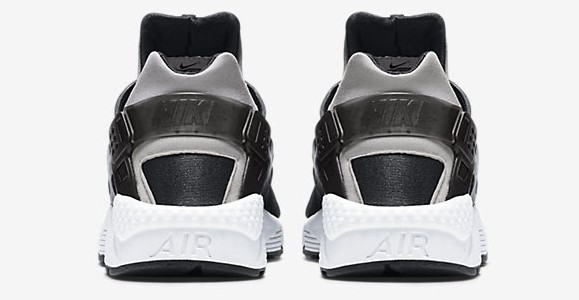 Nike Air Huarache PA Knit heel