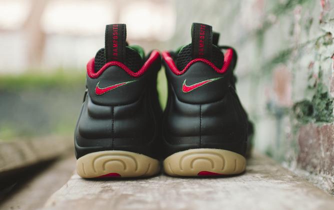 Nike Foamposite Pro 'Gucci' heel