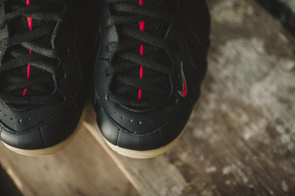 Nike Foamposite Pro 'Gucci' toe up close
