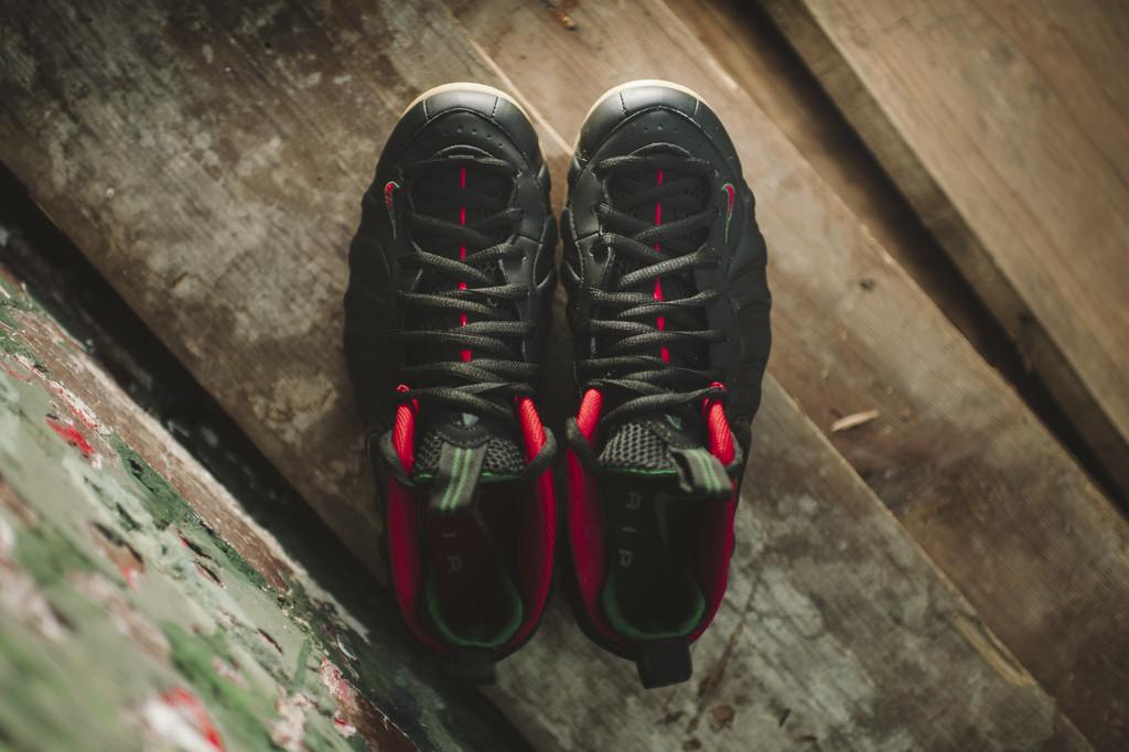 Nike Foamposite Pro 'Gucci' top view