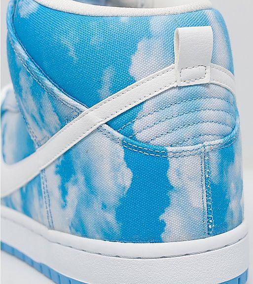 Nike SB Dunk High Pro 'Clouds' heel