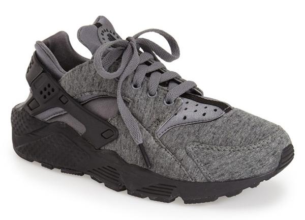 Nike 'Tech Pack' Air Huarache