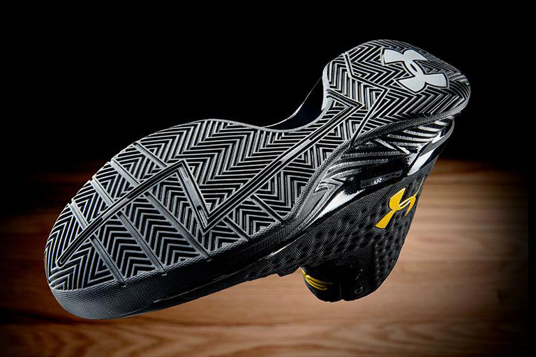 under-armour-curry-one-black-gold-banner-release-date-2