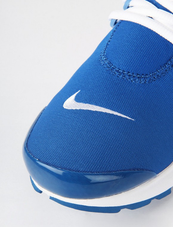 Another Nike Air Presto Is On the Way with 'Island Blue' 5