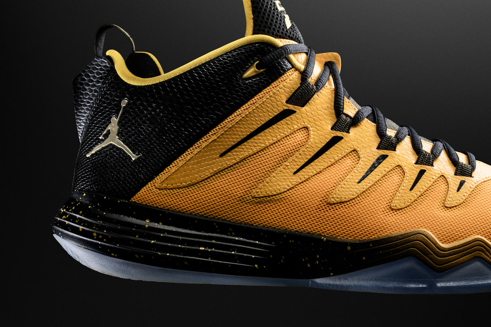 Jordan CP3.IX yellow dragon up close