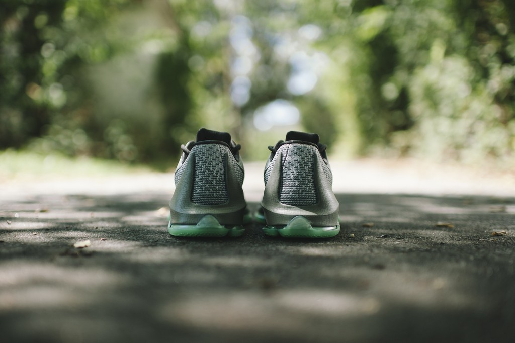 Nike KD 8 'Hunt's Hill Night' heel