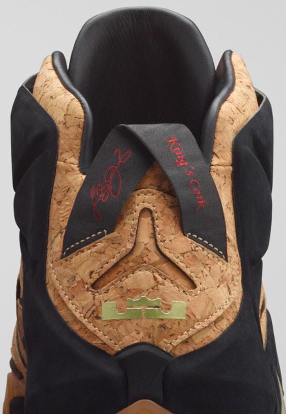 Nike LeBron 12 EXT 'King's Cork' heel