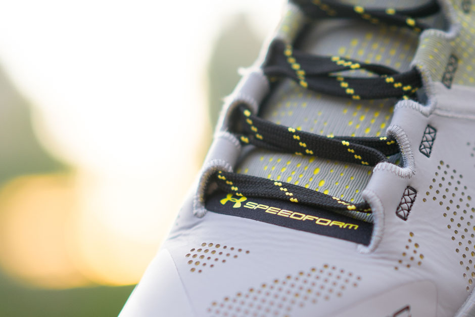 under-armour-curry-two-iron-sharpens-iron-details-15